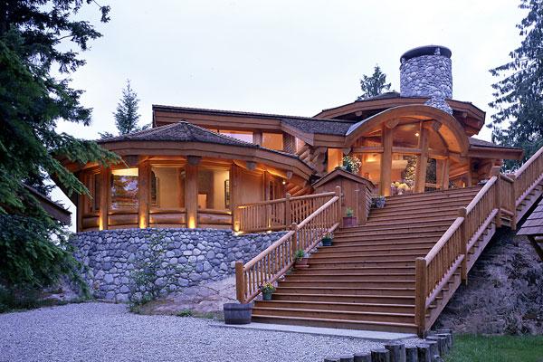 Redefining Log Homes